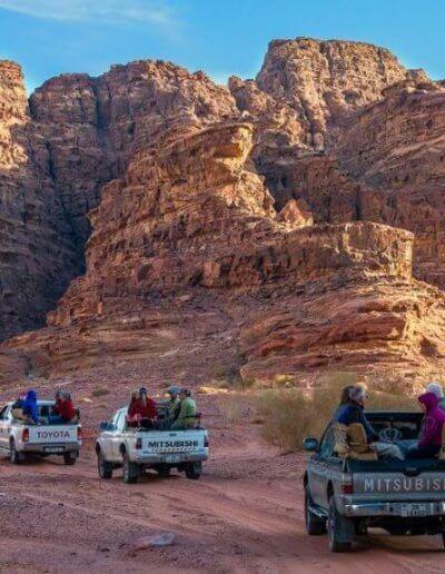 Privát Jordánia utazás jeep túra