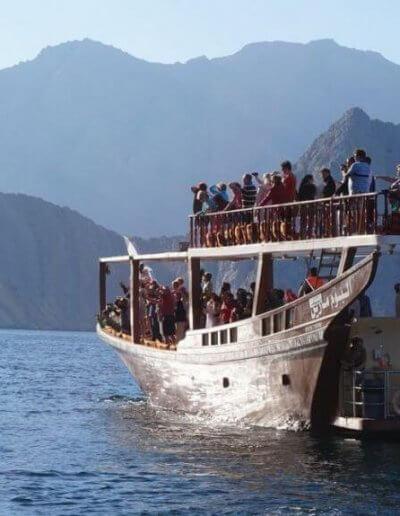 Privát utazás Omán hajó