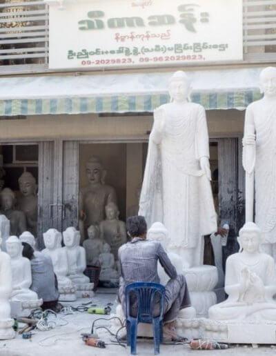 Privát utazás Burma kőfaragó